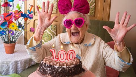 Mevrouw Veenland is 100 jaar geworden
