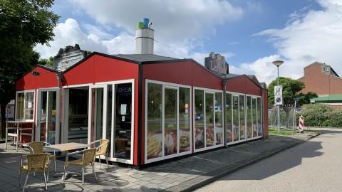 Een begrip in Lelystad, Snackbar Lelyhof