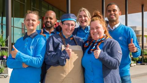 Vertrouwd winkelteam in nieuwe Albert Heijn Warande Lelystad