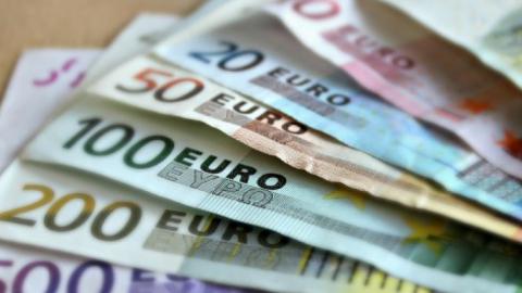 Trage terugbetaling van vluchten meest gehoorde klacht op meldpunt Consumentenbond