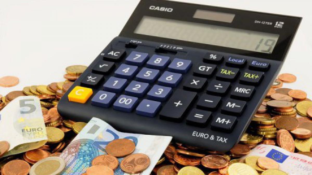 Kabinet versterkt aansturing Belastingdienst