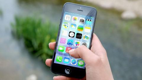 Snellader laadt smartphone in 20 minuten op