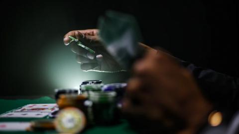 Jeroen van Dijk uit Lelystad derde in spannende finale ONK Poker